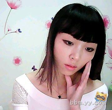 舒小雅重庆火辣女孩,可a小雅可女生,唱歌喊麦聊男士发型喜欢汉子的图片